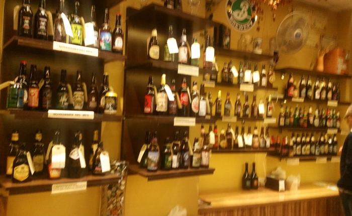 Beers No.166 Reserva 1925, No.167 Innis & Gunn Oak Aged Beer, No.168 Weihenstephaner Hefeweiss, No.169 Franziskaner Hefe-Weiss, No.170 Boont Amber Ale, No.171 Emelisse Imperial Stout, No.172 Andechs Weissbier Hell and No.173 Andechs DoppelbockDunkel.